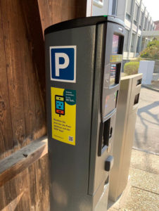 Pay now your parking space with your mobile.